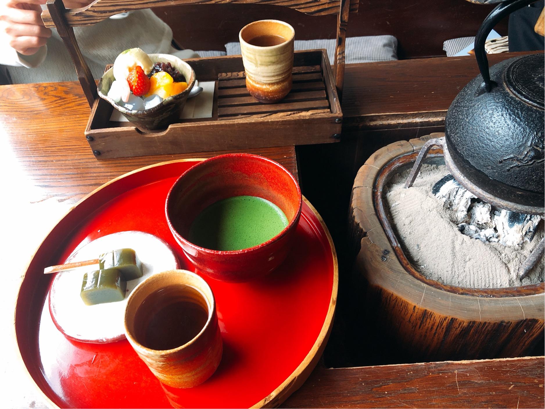 日の出園、抹茶と和菓子のセット