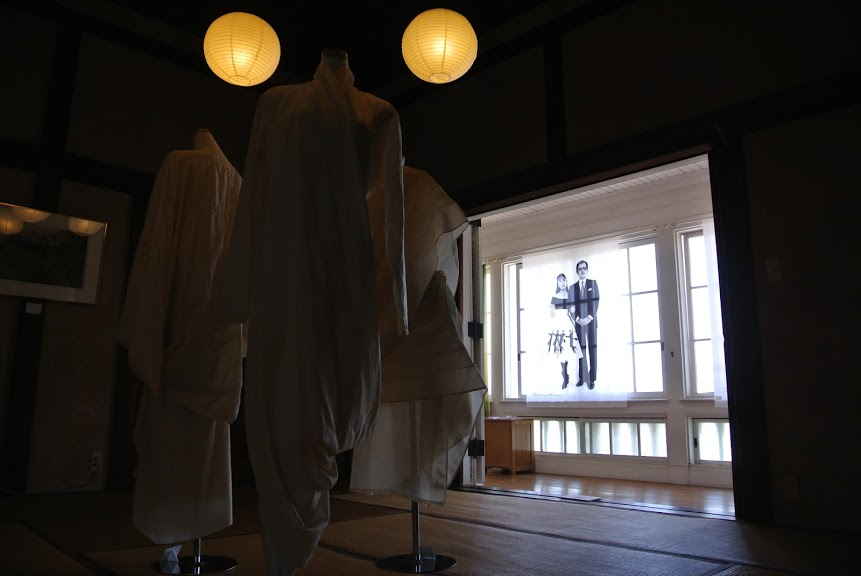 東伏見宮別邸の展示作品